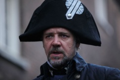 russell-crowe-les-miserables-javert1